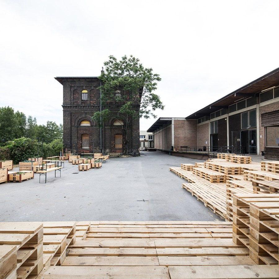 Nordbahnhalle | Außenansicht Hof mit Turm | Markus Fattinger